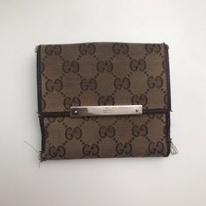 ❤️Gucci❤️ Authentic Bifold Wallet